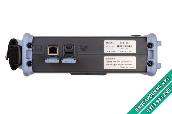Cổng kết nối Lan RJ45 và cổng USB dùng để lấy dữ liệu