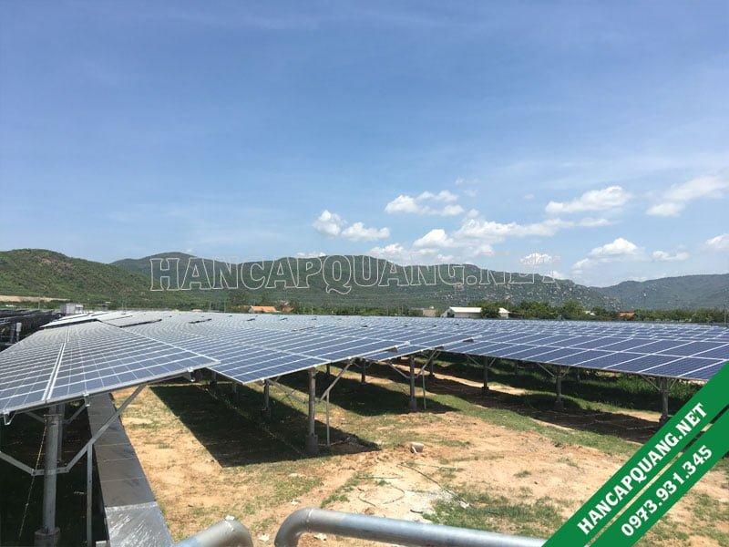 Các tấm pin điện mặt trời đã được lắp đặt