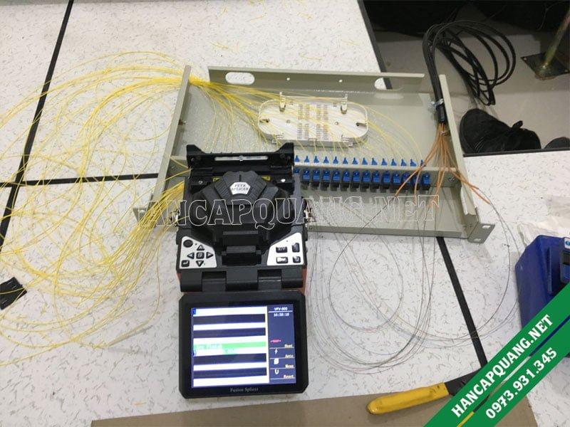 Hàn nối các sợi quang và ODF 24FO khay cố định