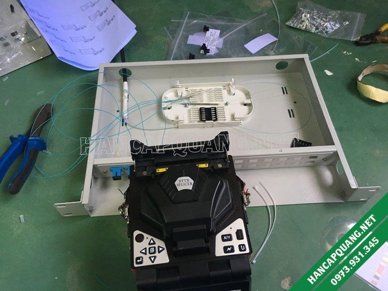 Hàn cáp quang phú giáo sử dụng máy hàn quang VFV-90S