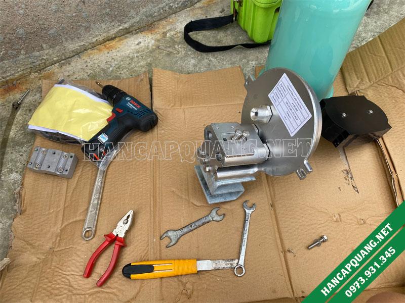 Các dụng cụ cần thiết khi đi hàn măng xông quang OPGW